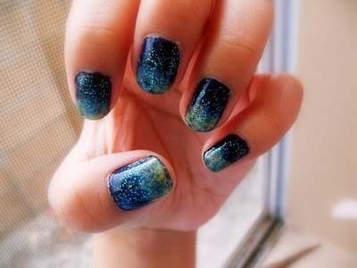 http://blogjolie.files.wordpress.com/2011/09/galaxyunhasspace-nails_large.jpg?w=692